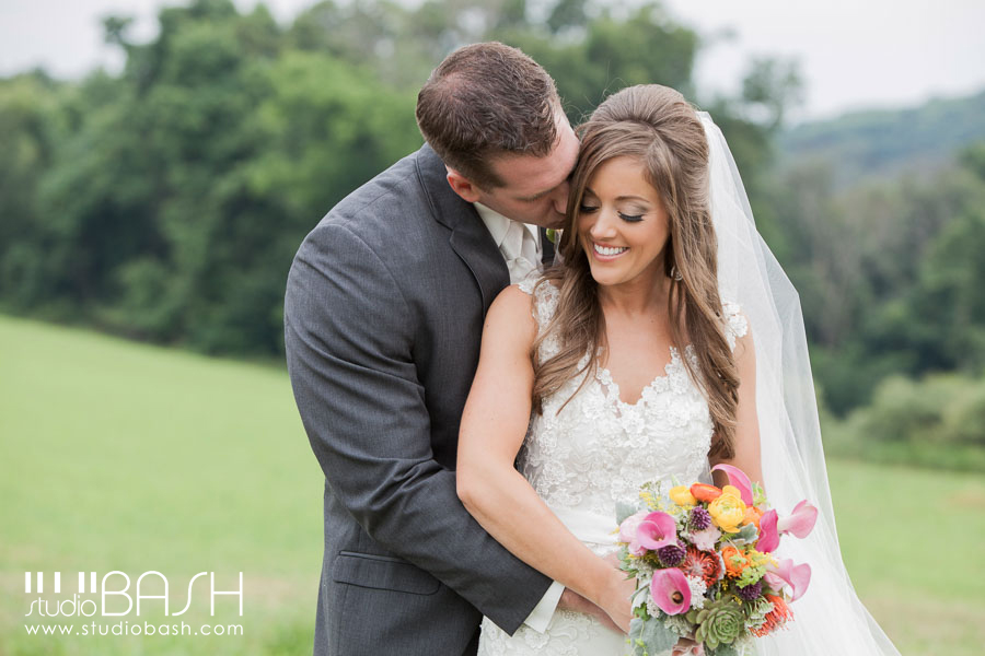 Pittsburgh White Barn Wedding – Angela and Dan are MARRIED!