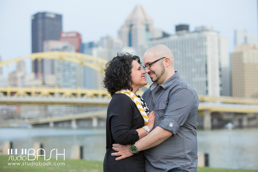 Pittsburgh City View Engagement Photography | Maggie and Tony