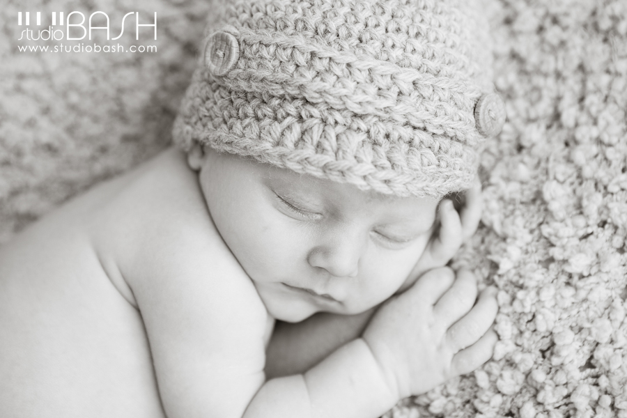 Pittsburgh Newborn Photographer | Welcome Baby Emmett!